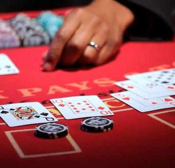 Blackjack, jeu de casino accessible online